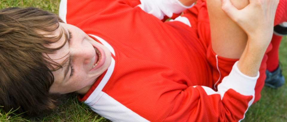 koljeno, ozljeda, nogomet, bol u koljenu