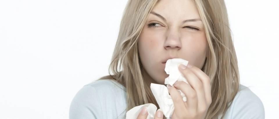 prehlada, smrkanje, sinusi, alergija