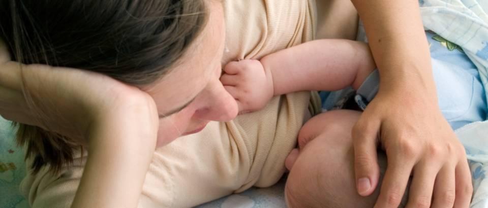 dojenje, mama, beba