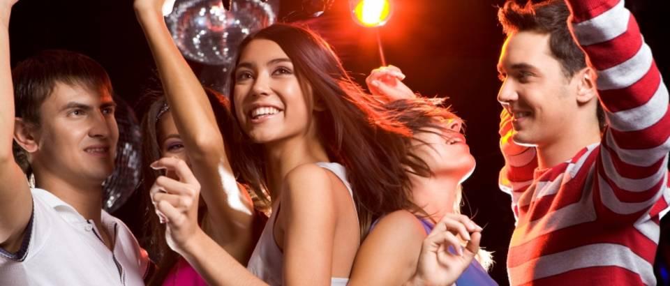 ples-zabava-tulum-prijatelji-1