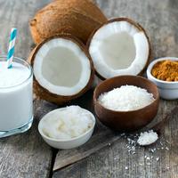 Kokos kokosovo mlijeko kokosovo ulje šećer shutterstock 384995248