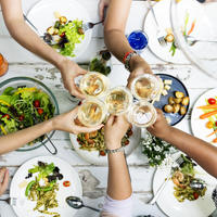 Hrana ručak prijatelji shutterstock