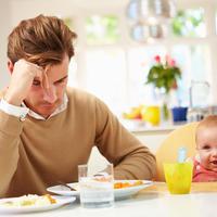 Otac postporođajna depresija shutterstock