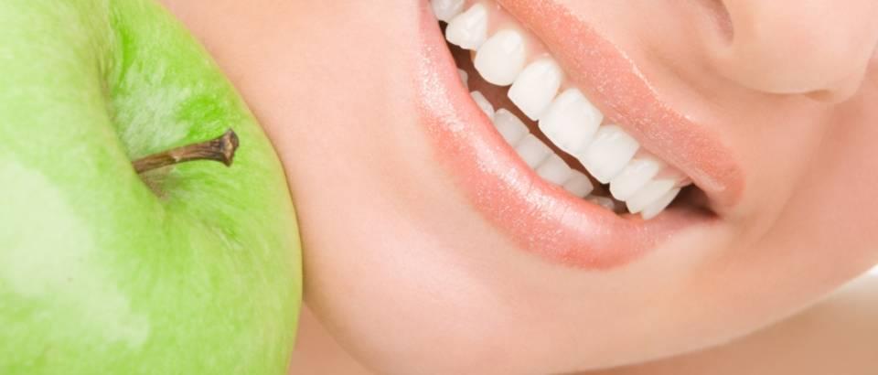 osmijeh-zubi-zubar-jabuka1