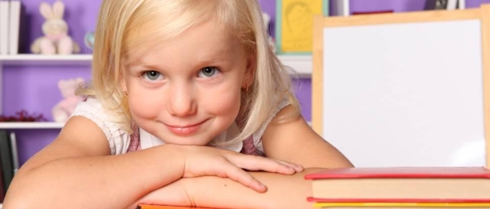 ucenje, knjiga, skloa, ocjene, djevojcica, curica