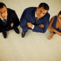 stajanje, ured, kolege, Shutterstock 328528778
