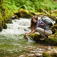Izlet priroda rijeka voda rekreacija zrak shutterstock 217613755