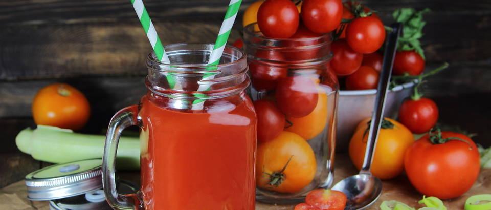 sok od rajčice