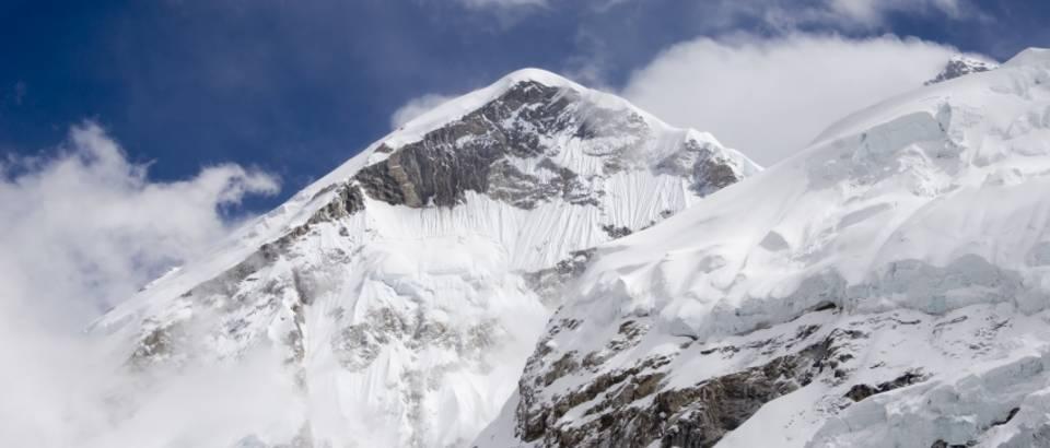 planine-zima-svjez-zrak