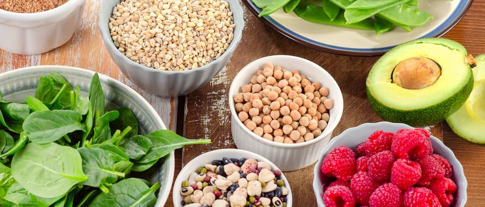 Zdrava hrana shutterstock