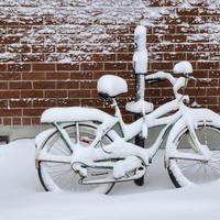 Bicikl zima shutterstock
