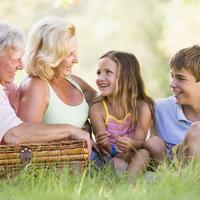 Obitelj, baka, djeda, unuci, piknik, izlet