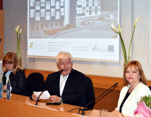 Ravnatelj dr. Zvonimir Šostar