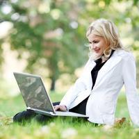 Priroda, zena, laptop, posao