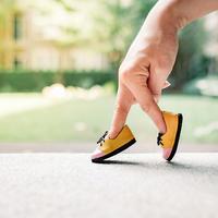 cipele, hodanje Shutterstock 595969619