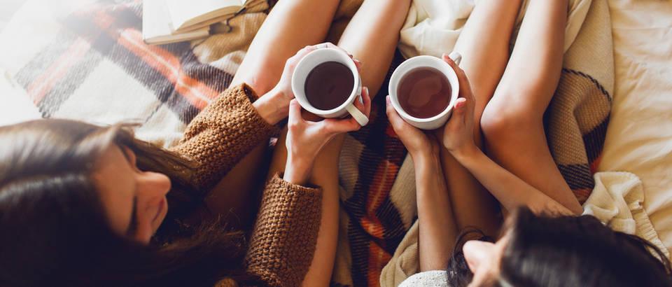 čaj žene djevojke shutterstock 271124357