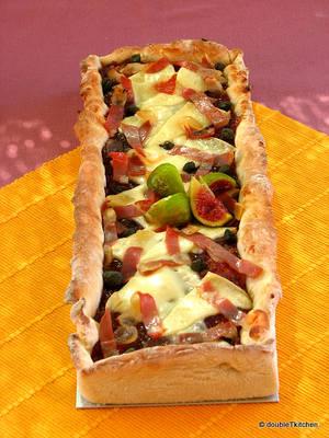 pizza sa slatkim od luka i smokava-6