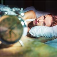 san, krevet , sat, Shutterstock 509412349