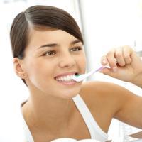 cetkanje zuba, zubi, shutterstock
