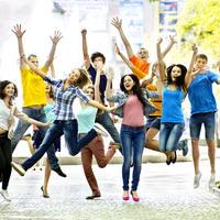 veseli ljudi, Shutterstock 147684110