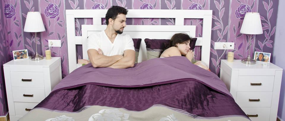 krevet, Shutterstock 122766265