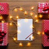 Božić, darovi, opis, shutterstock