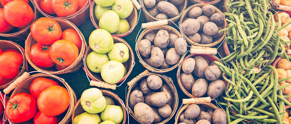 škrob krumpiri povrće shutterstock 339342128