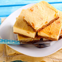 kolac od sira, marelica