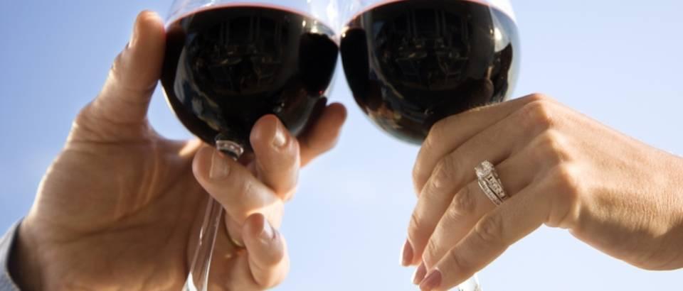 crno vino, zdravica