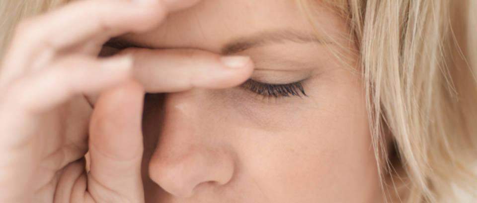 zena-tuga-depresija-glavobolja-migrena