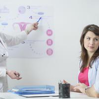 Par doktor ginekolog IVF umjetna oplodnja shutterstock 300641402