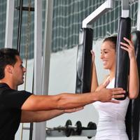 Teretana, trener, vjezbanje, fitness