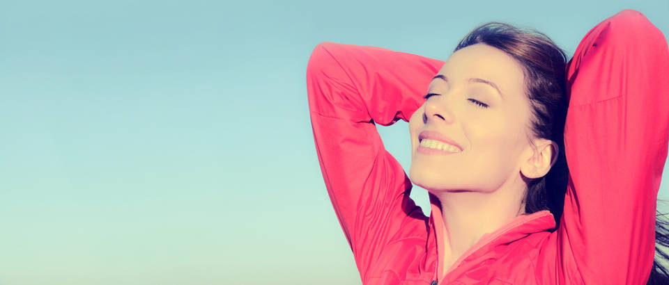 svjetlost zrak sreca zena Shutterstock 230910133