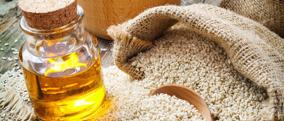Sezamovo ulje: snižava krvni tlak, čuva oralno zdravlje i mladost ...