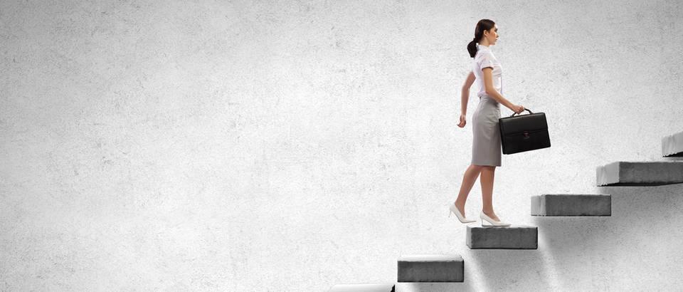 stepenice Shutterstock 292816214