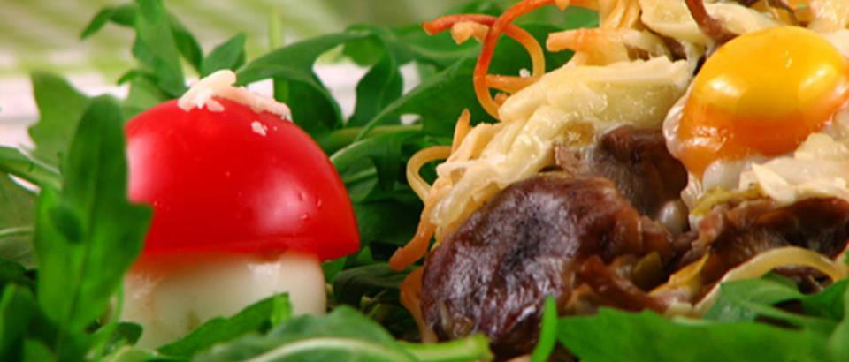 gnijezda sa sumskim gljivama i prepelicjim jajima 3