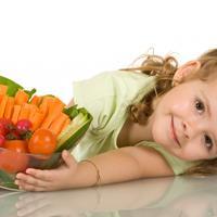 dijete-jede-povrce2