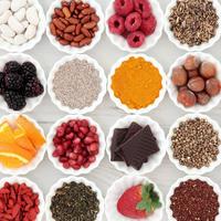Supernamirnice različite namirnice bobice voće povrće shutterstock 371096354