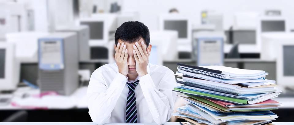 stres, ured, shutterstock