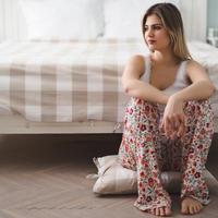 djevojka, soba, samoca, Shutterstock 589723148