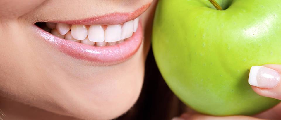 Zubi zdravlje shutterstock