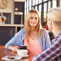 razgovor, prijateljice, Shutterstock 289830740