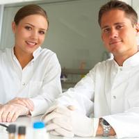 istrazivaci, doktori, lijecnici, laboratorij