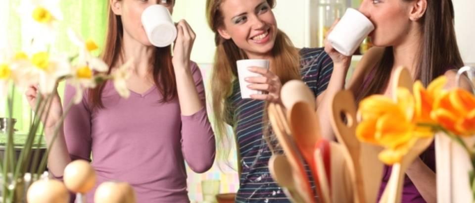 prijateljice, kava, kolaci, kuhanje